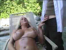 Nana a besoin d'un massage - Porno Tube - MESVIP