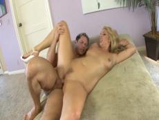 Sexe hardcore pour blondasse nympho! - Sex TUBE - MESVIP