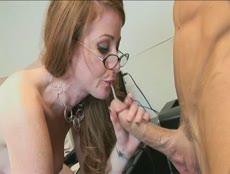 Jeune secrétaire se fait tringler au bureau! - MESVIP