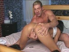 Mature filme sa scène de sexe avec son amant! - MESVIP